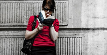 womanreading_o5com_640