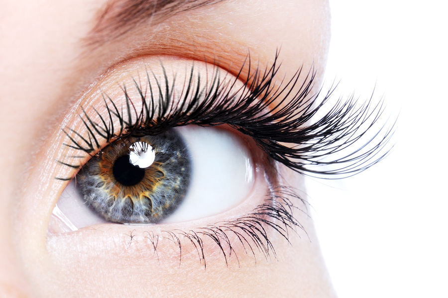 We Tried It: Eyelash Extensions - ConstantChatter